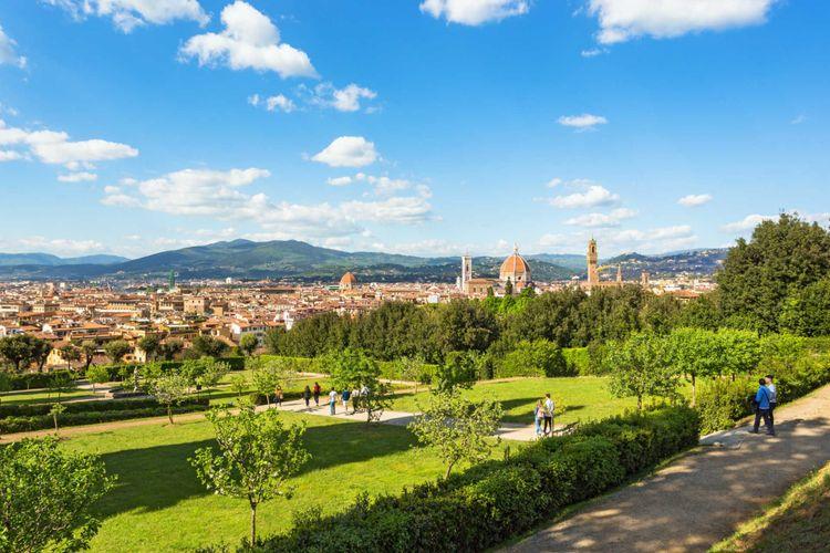 boboli-gardens-florence-italy-shutterstock_666798283
