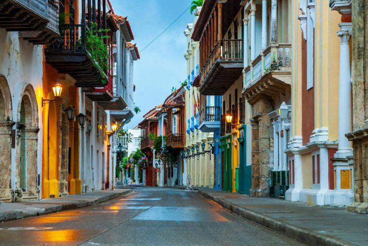 cartagena-de-indias-colombia-shutterstock_1184905477