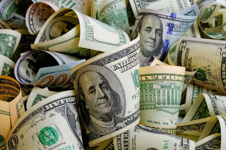 cash-dollars-shutterstock_518001346