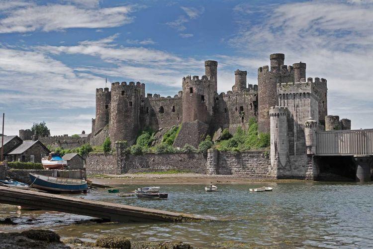 conwy-castle-shutterstock_442976113