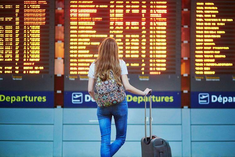 coronavirus-airport-shutterstock_587328371
