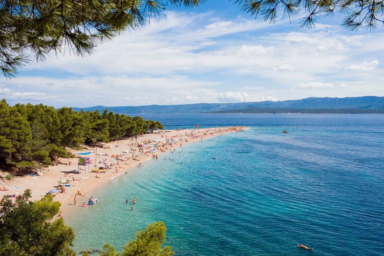 Croatia, Dalmatia, Brac, Bol, Zlatni rat beach