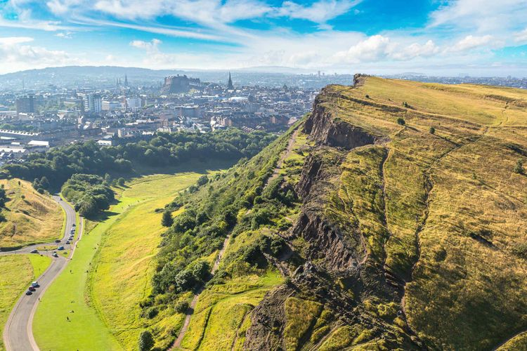 edinburgh-arthurs-seat-scotland-uk-shutterstock_616387307