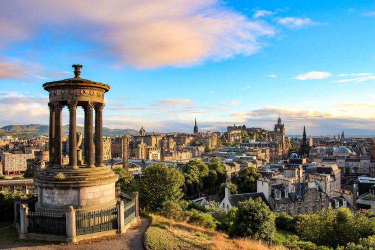 edinburgh-uk-shutterstock_523343242