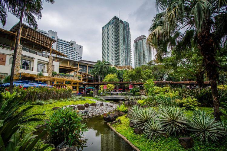 greenbelt-park-manila-shutterstock_472805590