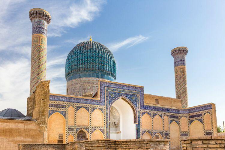 gur-e-amir-mausoleum-samarkand-uzbekistan-shutterstock_564477349