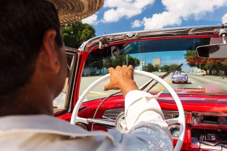 havana-vintage-car-shutterstock_606801050