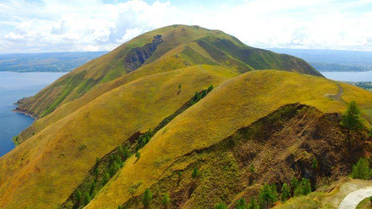 holbung-hill-samosir-island-toba-lake-sumatera-indonesia-shutterstock_1252958632
