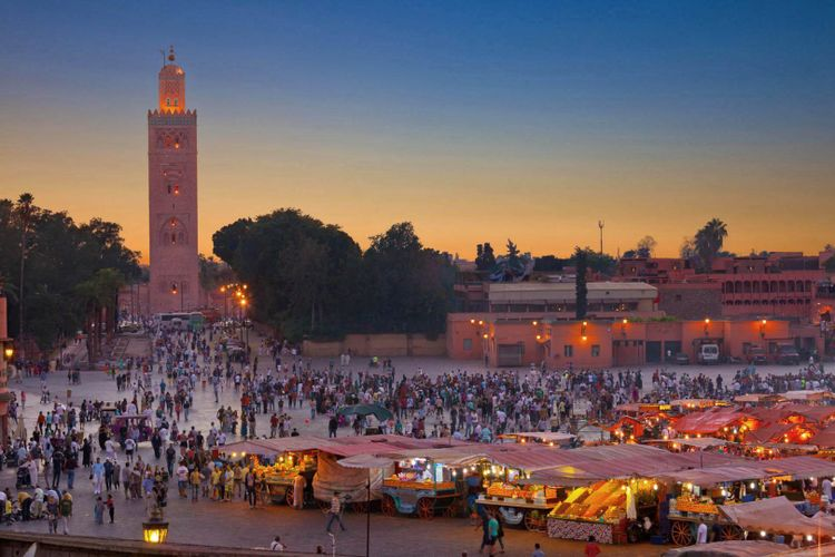 Market and Food Stalls, Djemaa el-Fna, Marrakesh, Morocco, Africa