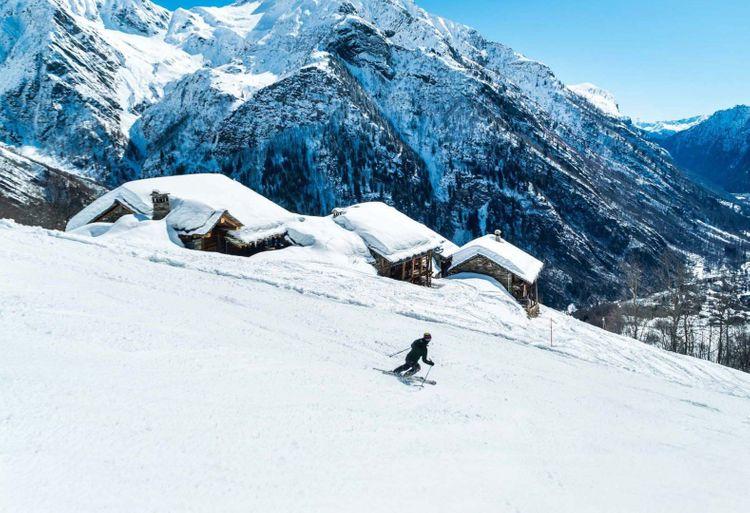 monterosa-ski-area-shutterstock_1074948362_