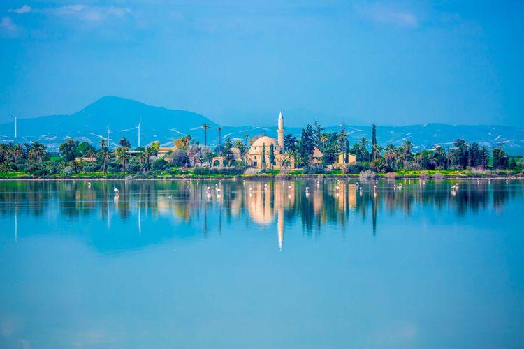 mosque-hala-sultan-tekkes-larnaca-cyprus-shutterstock_1058047016