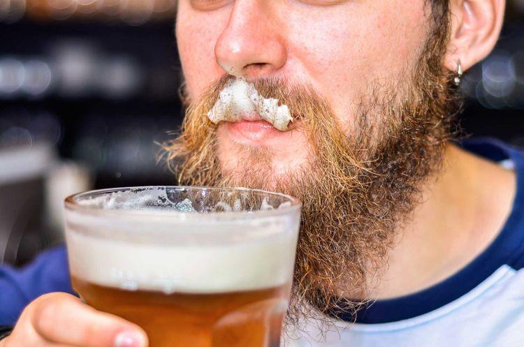 mustache-foam-beer-shutterstock_501351013