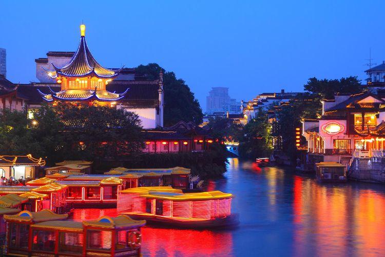 Nanjing-temple-shutterstock_128520233