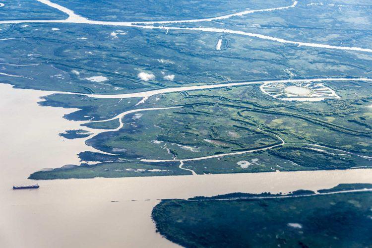 parana-river-delta-argentina-shutterstock_162964559