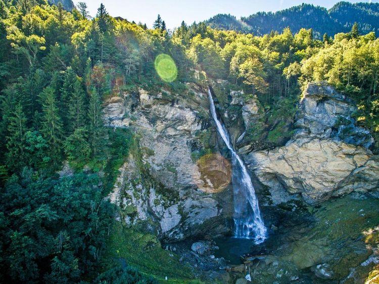 Reichenbach-falls-switzerland-shutterstock_1087111931