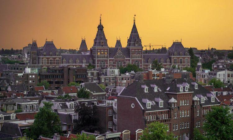 Rijksmuseum-amsterdam-shutterstock_1149773291