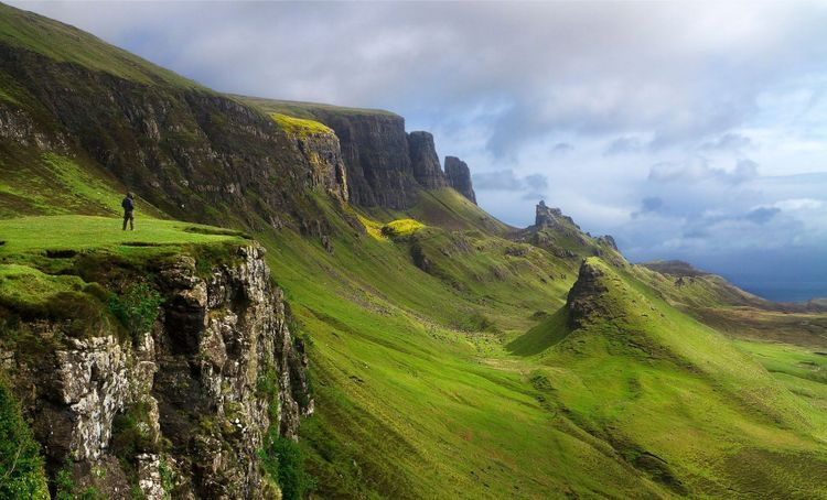 skye-highlands-scotland-shutterstock_94306177