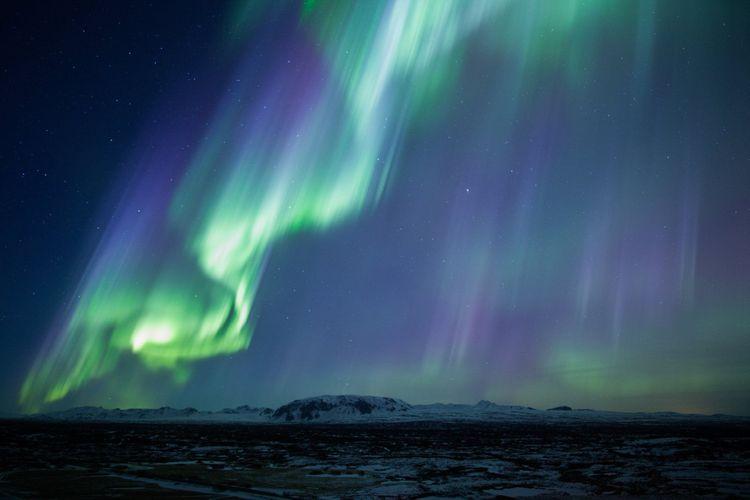 Thingvellir-National-Park-Northern-Lights