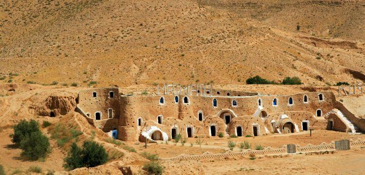 troglodyte-house-matmata-tunisia-shutterstock_796819228