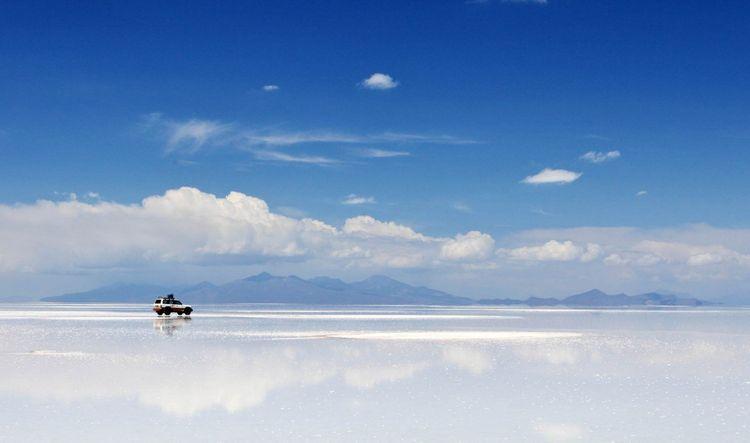 Uyuni-bolivia-shutterstock_101551633