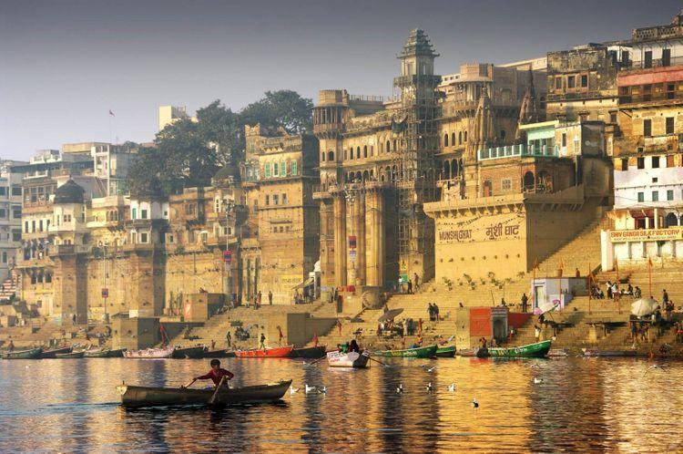 varanasi-india-shutterstock_150302372