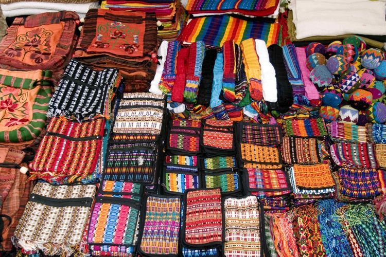 Meet the Tzotzil Maya: Mexico's most intriguing community: Wallets and Bags, Chiapas, Mexico.
