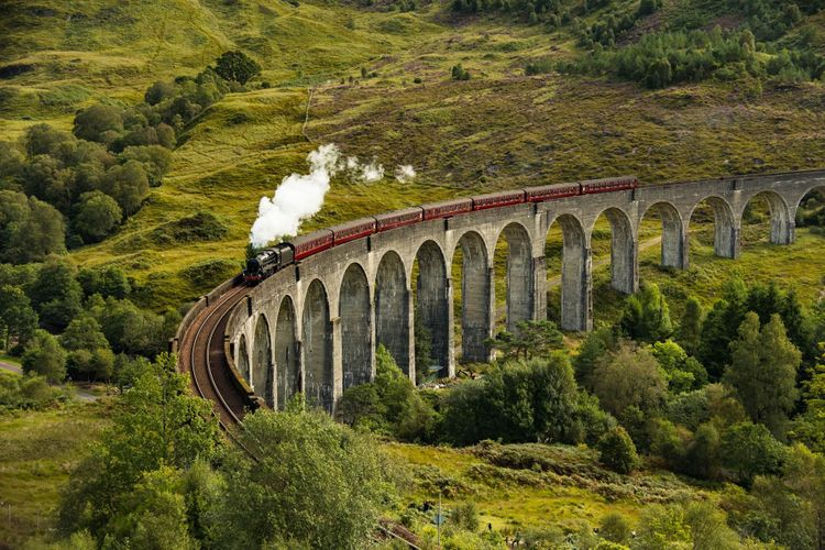 west-highland-line-scotland-shutterstock_744577537