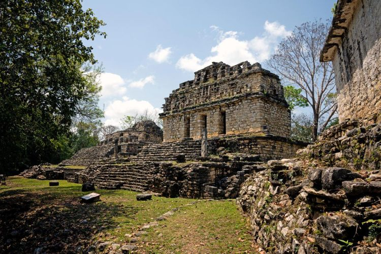 Yaxchilan-guatemala-shutterstock_1051612028